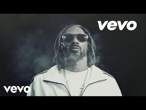 ashtrays and heartbreaks, il nuovo video di snoop lion ft. miley cyrus