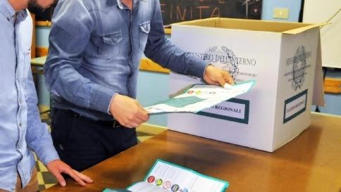 Sicilia, Augusta e Gela vanno al M5s Il Pd perde Enna: sconfitto Crisafulli