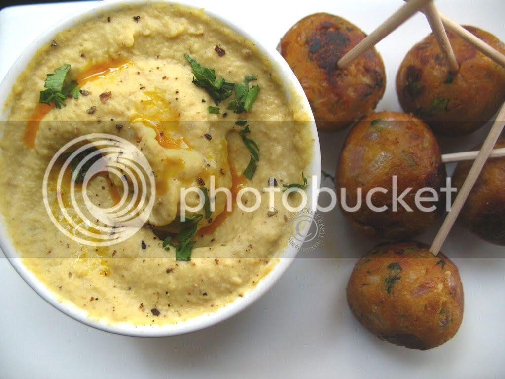 Vegan Felafel and Hummus