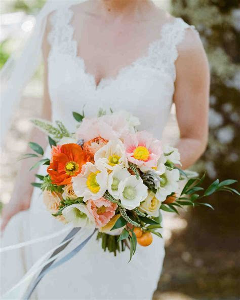 Summer Wedding Bouquets That Embrace the Season   Martha