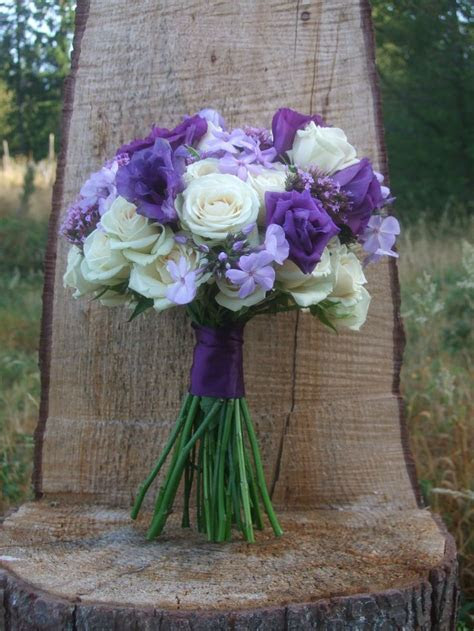 25  best ideas about Purple wedding bouquets on Pinterest