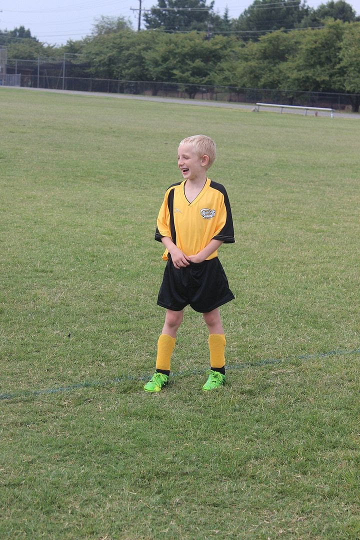 photo soccer3_zps9eff5168.jpg