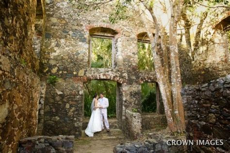 2017 Destination Wedding Planning Guide
