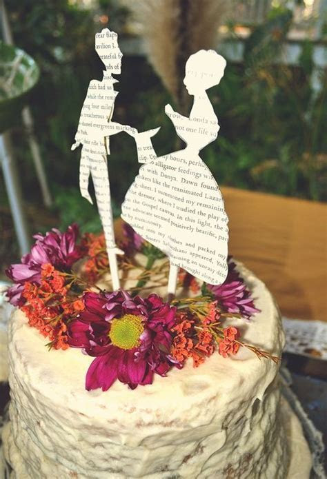 39 Chic Book Themed Wedding Ideas   Weddingomania