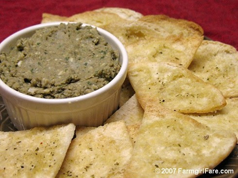 Easy White Bean Pesto Spread with Homemade Pita Chips