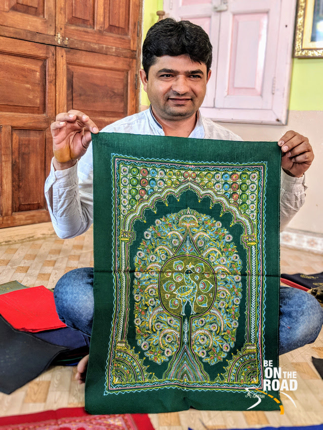 Sumar Khatri and his Rogan Art creation, Nirona, Kutch, India