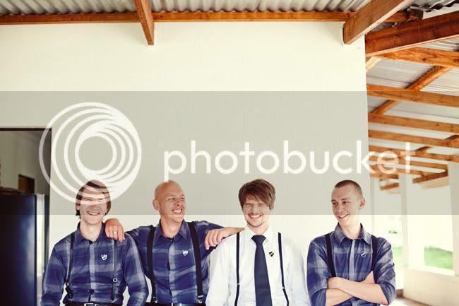 http://i892.photobucket.com/albums/ac125/lovemademedoit/FA_sharethelove_012.jpg?t=1304430552