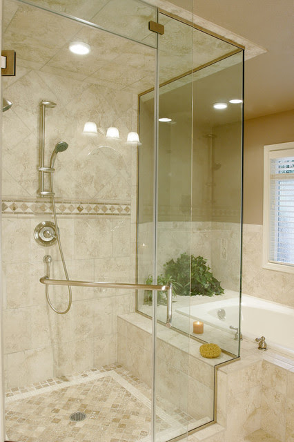Traditional/Contemporary Travertine Bathroom - traditional