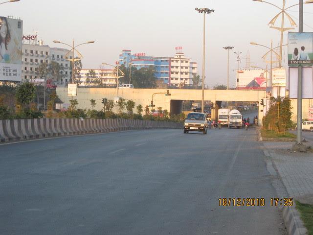 Visit to Wisteriaa - 2 BHK & 3 BHK Flats, at Bhumkar Wasti, near New Poona Bakery, at Wakad Pune 411 057 - Aditya Birla Hinjewadi Road and Mumbai Bangalore Highway Junction - 3