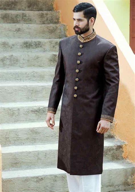 Wedding Sherwani Designs For Mehndi In 2019 in 2019   Men