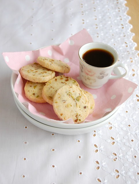 Pistachio butter cookies / Amanteigados de pistache