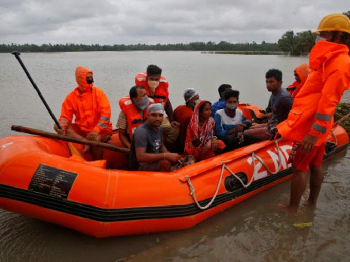 As boat capsizes, NDRF saves 10 with just a torch