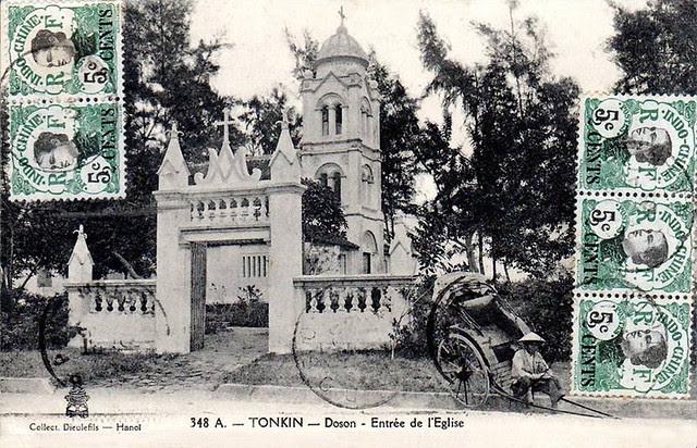 TONKIN - Doson - Entrée de l'église 1921