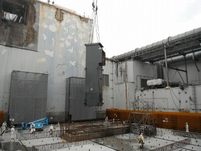 Fukushima Daiichi unit 4 roof installation. Source: TEPCO