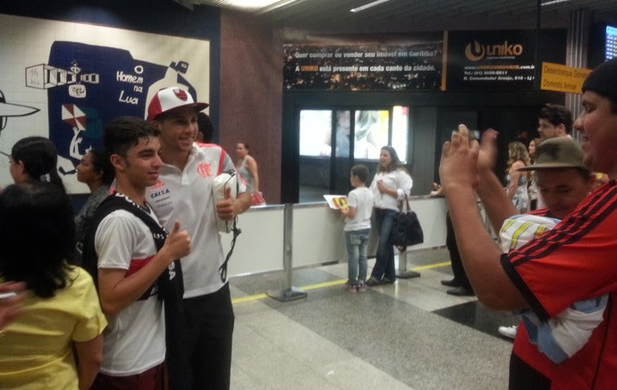 Desembarque Flamengo - Lucas Mugni (Foto: Thales Soares)