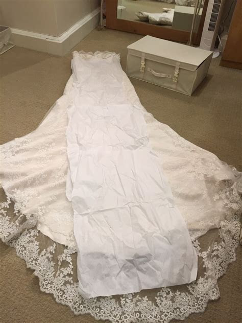 Packing your wedding dress!   The Bridal Box