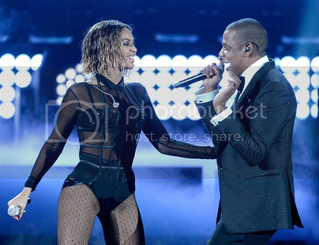 Watch: Beyoncé's sloppy 'Drunk In Love' performance at 56th Annual Grammy Awards...