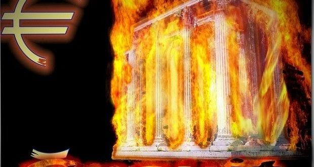 ΑΠΟΚΑΛΥΠΤΙΚΗ ΣΥΝΕΝΤΕΥΞΗ: «Η Ελλάδα Τελεί Υπό Ξένη Κατοχή, Λεηλατείται ως Αποικία των Ιδιωτικών Τραπεζών»