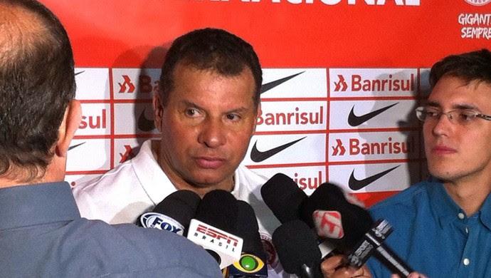 Celso Roth técnico Inter (Foto: Fernando Becker / RBS TV)