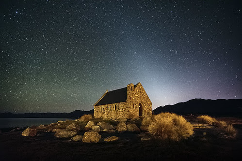 Starfield at the Church of the Good Shepherd por Luke Tscharke