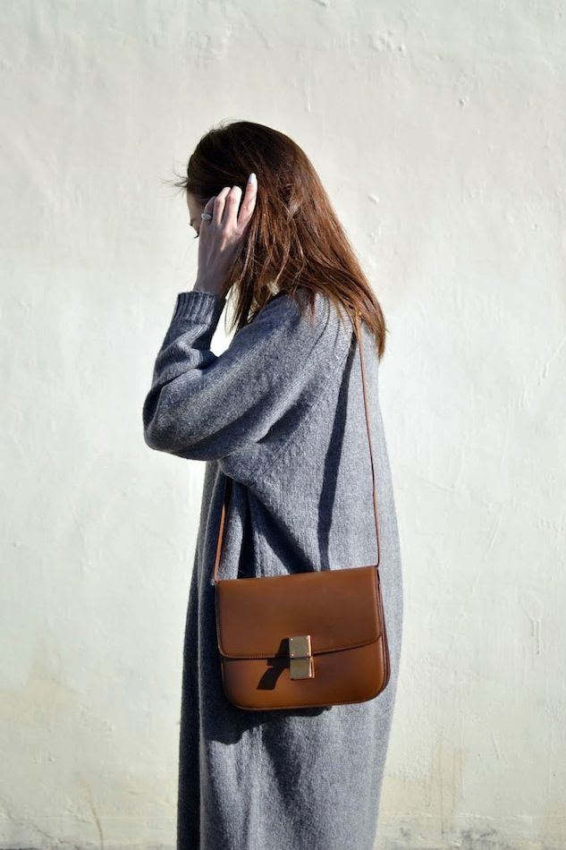 Le Fashion Blog Blogger Style Grey Sweater Dress Tan Brown Celine Box Bag Via Jayne Min Stop It Right Now photo Le-Fashion-Blog-Blogger-Style-Grey-Sweater-Dress-Tan-Brown-Celine-Box-Bag-Via-Jayne-Min-Stop-It-Right-Now.jpg