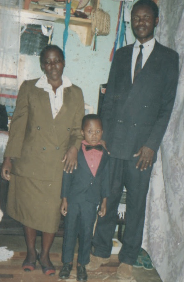 Never seen before photos of the late comedian Othuol ...