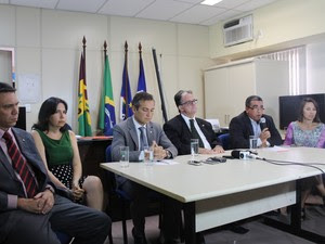 Promotores formam grupo de trabalho para dar celeridade as investigações de caso Beatriz (Foto: Juliane Peixinho / G1)