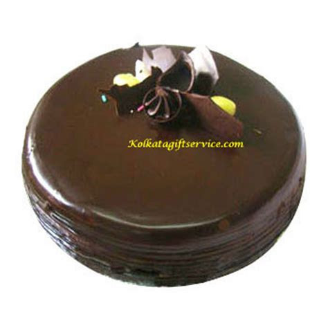 Send Eggless Cakes to your dear & near ones in Kolkata
