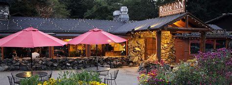 Big Sur Lodging & Dining   Big Sur River Inn & Restaurant
