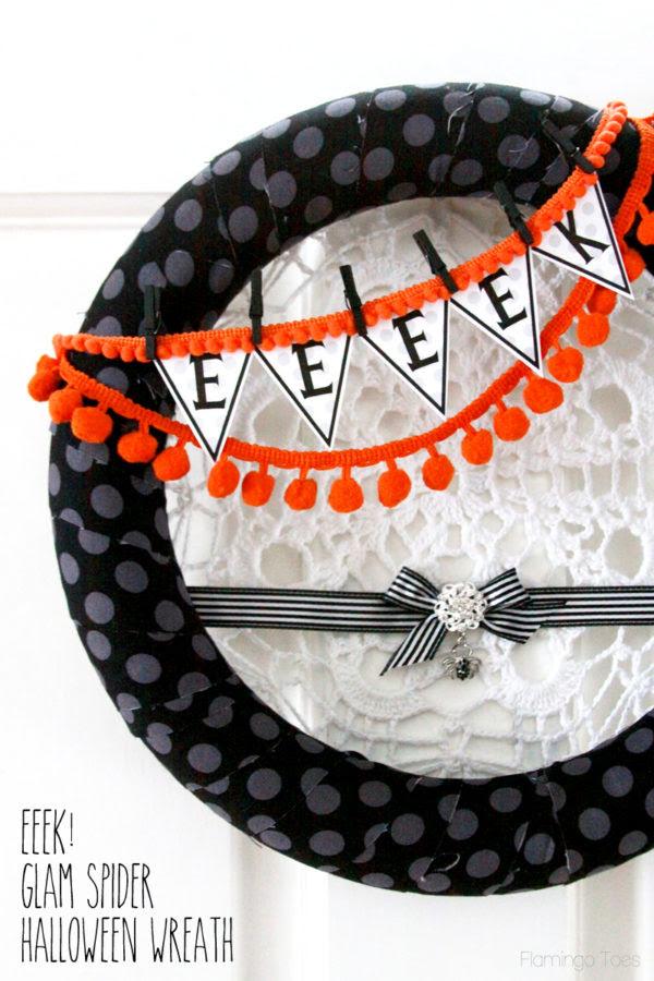 Eeeek Glam Spider Halloween Wreath