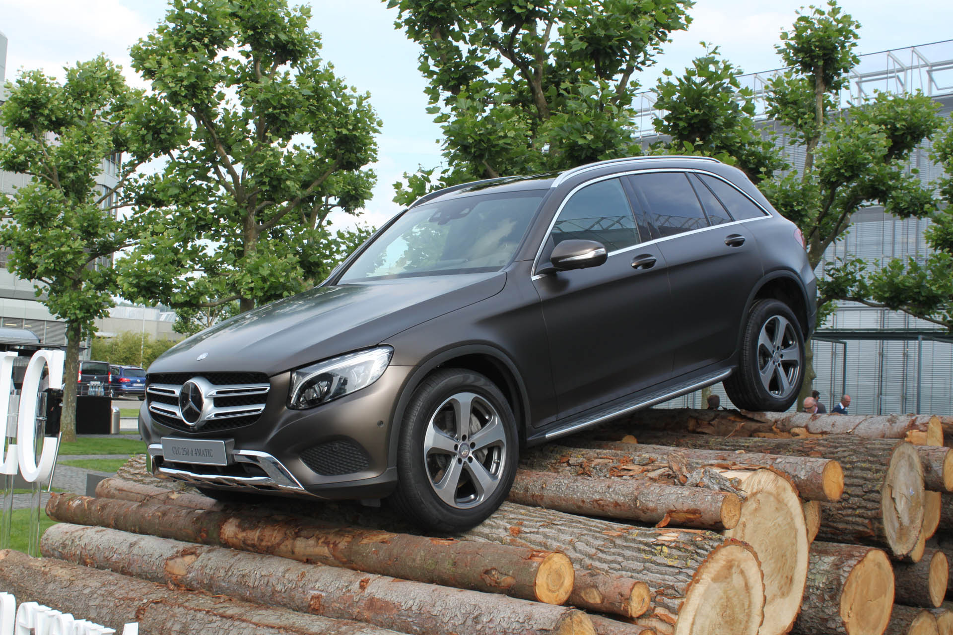 2016 Mercedes-Benz GLC 300 Sheds Boxy Style, Gains New ...