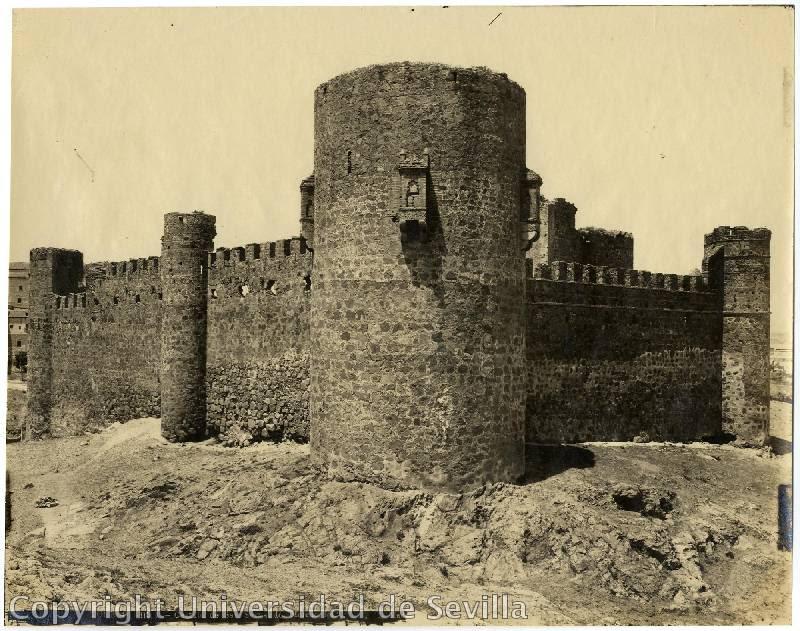 Castillo de San Servando a principios del siglo XX. Fototeca de la Universidad de Sevilla. Foto M. Moreno