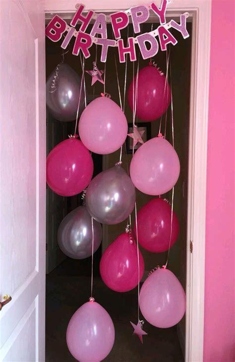 Crea divertidas entradas para fiesta sorpresa usando