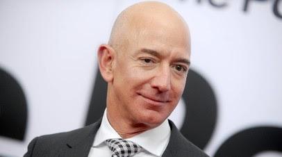 Bloomberg: Безос обошёл Маска в рейтинге богатейших людей мира