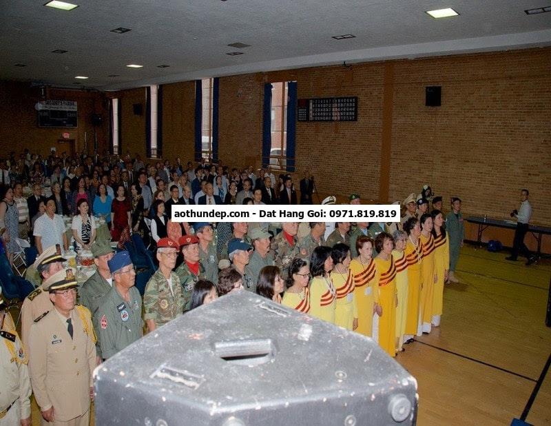 binh, thanh niên xung phong, CA xã, phường, bảo vệ, bảo hộ lao động, đồng phục  Mẫu chụp bác cựu chiến bi,nh nữ màu xanh asea