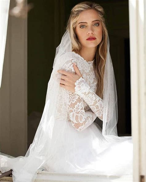 Long sleeved wedding dresses are perfect for autumn and
