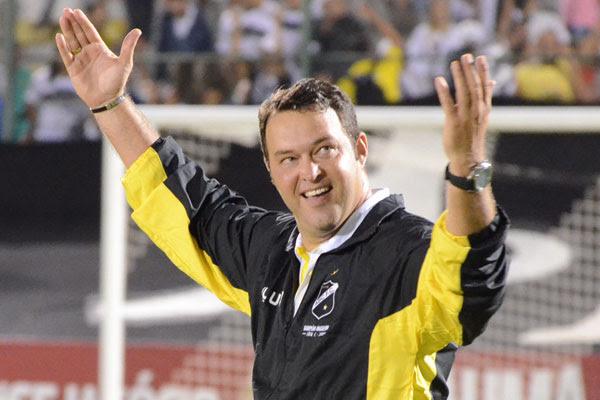 Roberto Fernandes deixou o rival e faz sucesso agora no ABC