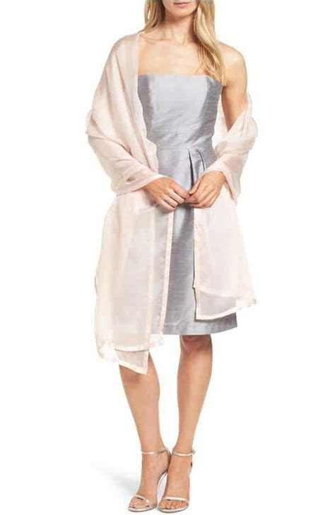 Wraps for Weddings: Shawls and Cover Ups for Guests