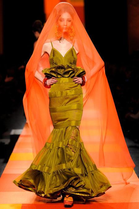 Jean-Paul-Gaultier-couture-primavera-2013-22