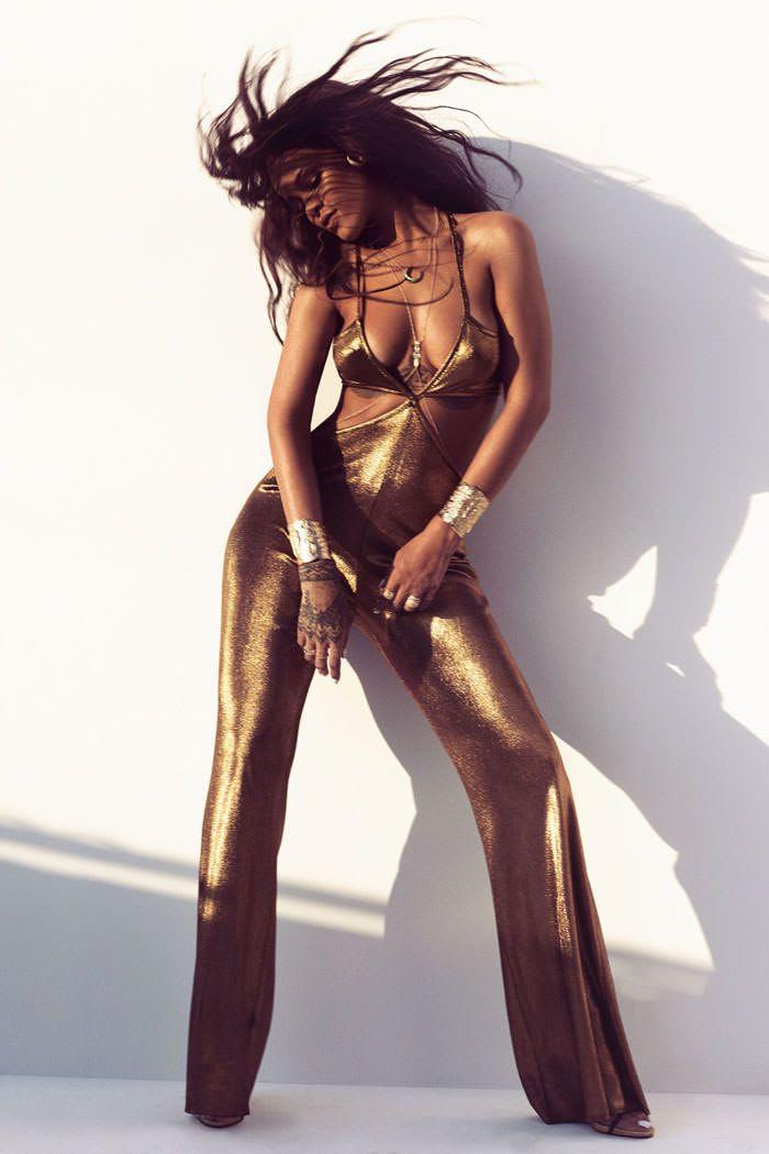 Rihanna : Harpers Bazaar (March 2015) photo Rihanna-Harpers-Bazaar-Magazine-Balmain-Tom-LOrenzo-Site-TLO-2.jpg