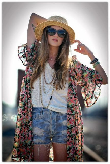 simple and #chic - the perfect combo for an outdoor #festival.