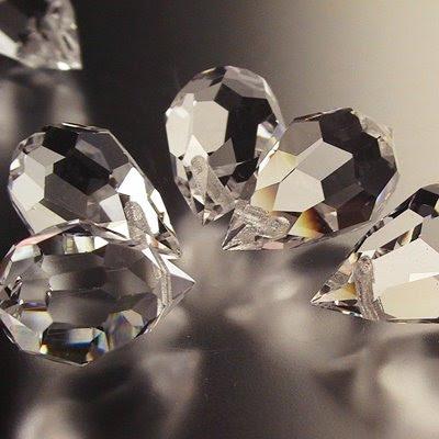 27415802 Preciosa Machine Cut Crystal - 9 x 15 mm Briolette Drop - Crystal (1)