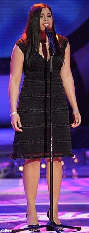 Quem é essa garota?  O American Idol vencedor da sexta temporada (foto em sua festa de aniversário de 22 anos no início deste mês) tem emagreceu consideravelmente desde seus dias na TV show de talentos