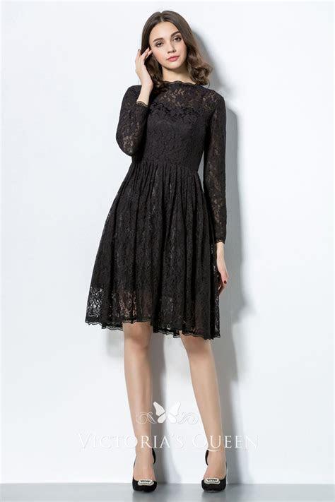 Charcoal Illusion Lace Knee Length Vintage Bridesmaid