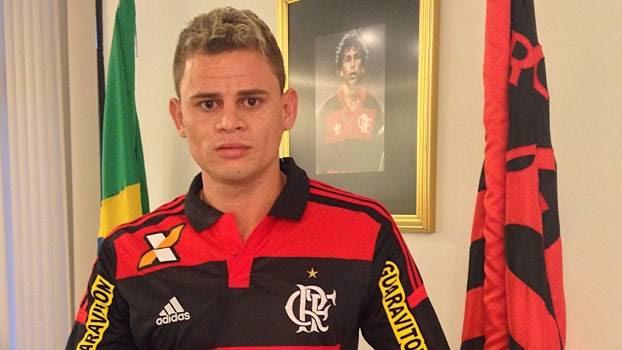 Flamengo anunciou volante Jonas nesta segunda-feira