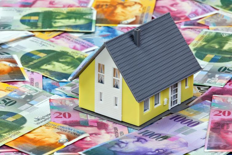 Kredyty frankowe – Klauzula podwyższonej marży do czasu wpisu hipoteki  Kancelaria Radców