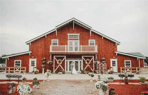 Top Barn Wedding Venues   Iowa ? Rustic Weddings