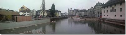 Luzern_Reuss_flussaufwaerts_neues_Reusswehr