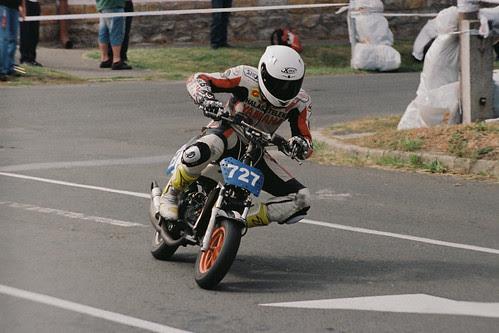 Racing scooter
