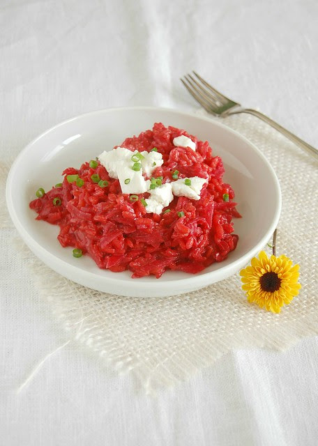 Beetroot risotto with goat's cheese / Risoto de beterraba com queijo de cabra